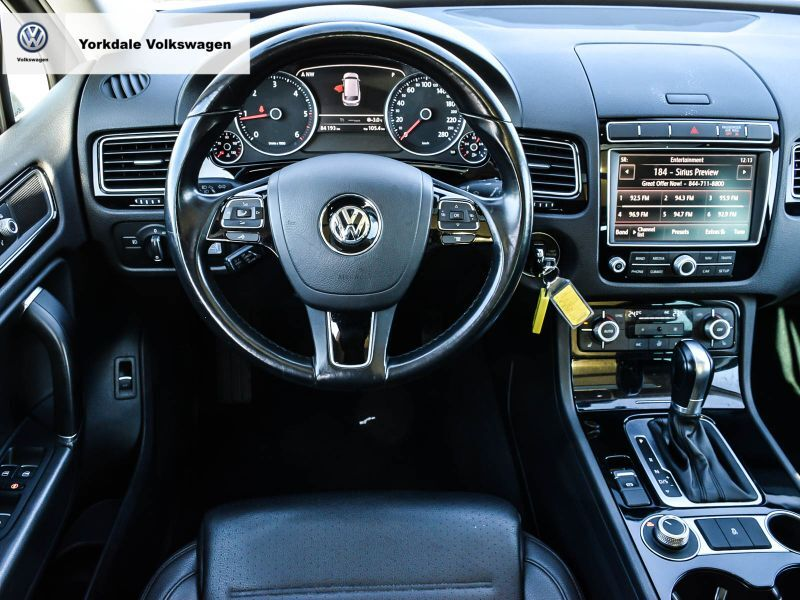 Certified Pre-Owned 2016 Volkswagen Touareg Sportline 3.0 TDI 8sp at w/Tip 4M