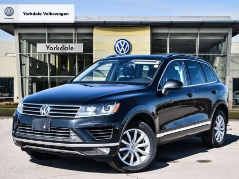 Certified Pre-Owned 2016 Volkswagen Touareg Sportline 3.6L 8sp at w/Tip 4M